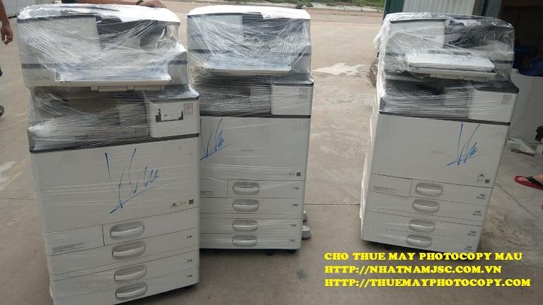số lượng máy photocopy màu sẵn sàng đáp ứng nhu cầu số lượng của khách hàng
